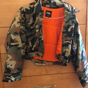cropped army puffer jacket